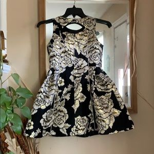 Children's Place Dresses - Children's Place Girls Metallic black/gold Dress